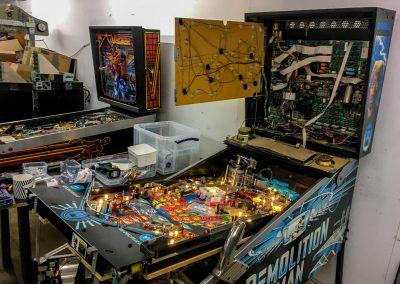 retro leisure demolition man pinball board repair