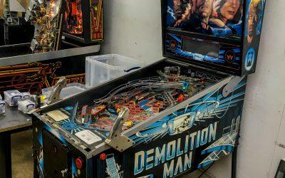 Williams Demolition Man Pinball